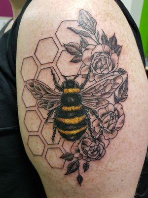 #beehive #beetattoo #geometrictattoo #colourtattoo #Vancouverisland #victoriabc #18+#yyj