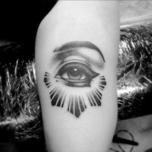 #balckandgray #eyetattoo #eye #eyetattoos #realismtattoo #realism