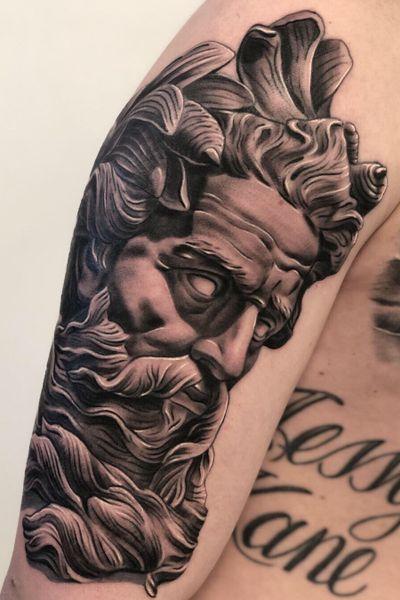 #poseidon God of the sea!🔱 . Voor informatie of om een idee te bespreken bent u altijd welkom in de shop.✌🏻 @remcodevogelart #poseidontattoo #greekmythology #greekgod #tattoo #tatua #tatuaje #tatuajes #tattoolife #ink #inked #inklife #blackandgrey #blackandgreytattoo #art #inkedmagazine #tattoomagazine #tattooartistmag #holland #ijmuiden #amsterdam #artist #tattooartist #tattoobirdy #birdy2018 #remcodevogel #remcodevogelart #freebird @skinart_mag @thebesttattooartists @tattoodo @tattoo.artists @inkedmag @bnginksociety @tattooistartmag @tattoo_birdy_ijmuiden