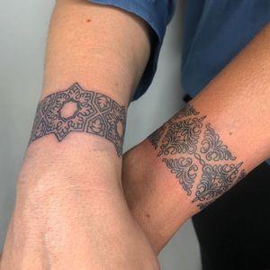 Ornamental tattoo by Tattoo artist Brittany Randell #BrittanyRandell #humblebeetattoo #blackfemaleartist #blacktattooartist #blacktattooer #blacktattoos #poctattoos #poc #torontotattoos #illustrative #linework