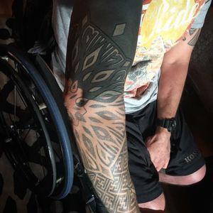 #nofilter #tattoo #tattoos #geometrictattoo #sacredgeometry #geometry #dotworktattoo #dottattoo #blackandgreytattoo #blackandgrey #lineart #blackwork #lineworktattoo #lines #patterns #patterntattoo #bespoketattoo #customtattoo #guyswithtattoos #girlswithtattoos #sleeve #fullsleeve #mandala