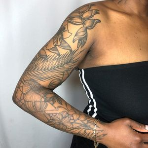 Nature sleeve tattoo by Tattoo artist Brittany Randell #BrittanyRandell #humblebeetattoo #blackfemaleartist #blacktattooartist #blacktattooer #blacktattoos #poctattoos #poc #torontotattoos #illustrative #linework