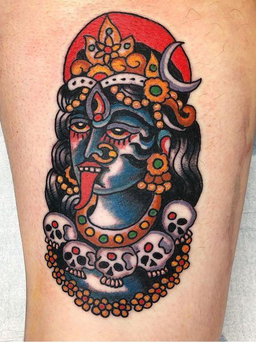 Eye tattoo by Robert Ryan #RobertRyan #eyetattoos #eyetattoo #eye #goddesskali #kali #color #traditional #hindu #skull #thirdeye #leg