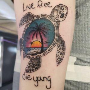 #typicalbroad #memorial #livefree #dieyoung #beachtattoo #turtles #seaturtletattoo