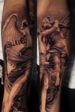 ANGELS @poppinowillinkya #poppino#poppinowillinkya #angeltattoo #angels #statue #realism #realistictattoo