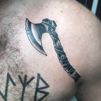 #blackwork#midevil#viking#traditionaltattoo#axe