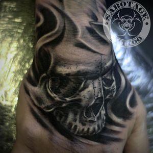 #tattooist #tattooed #inked #ink #tattoo #tattoos #tatted #inkeeze #bodyart #tattedup #inkedup #tats #tattootuesday #tattooartist #bodymods #bodymod #tattooing #newtattoo #beautifulink #girlswithink #girlswithtattoos #chickswithink #chickswithtattoos #womenwithtattoos #womenwithink #tattooedgirls #purpleglide #skulltattoo #skull #skulltattoos