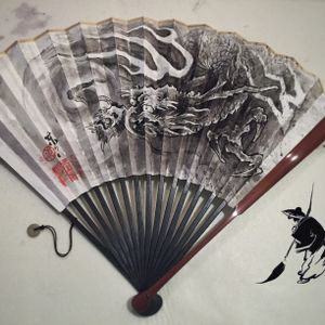 A chinese painter's tradition: fan painting, from hundreds years ago.