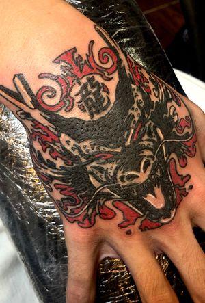 Dragon hand piece #dragon #color #inklife #nycink #nyctattoo #queens #hand #handpiece