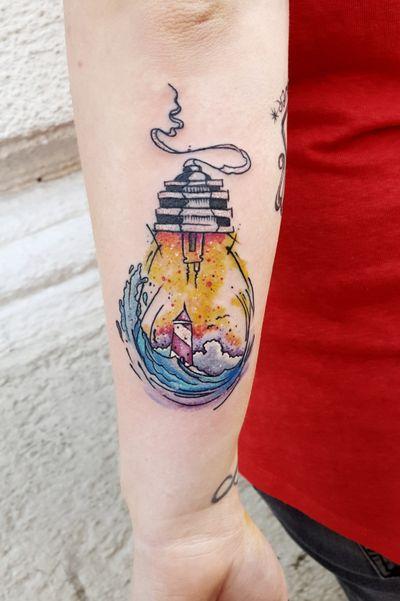 #kuro #kurotrash #tattoo #tattooing #tattoos #tattooed #tattooer #black #blackandwhite #blackwork #blackworkers #ink #inked #onlythedarkest #blackink #tattooart #tattooartist #vienna #wien #sketchy #sketching #sketch #blackink #lightbulb #lighthouse #waves #ocean #tattooartist #tattoolife #watercolor #watercolortattoos