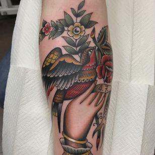 Tattoo by Dmitry Rechnoy aka xktattoo #xktattoo #DmitryRechnoy #дмитрийречной#скуднаяпалитра #подзабитьсяуречного #тату #татуировка #татувмоскве #олдскултату #tattoo #traditionaltattoo #oldschooltattoo #classictattoo #vintagetattoo #gettattooed #fucktatto