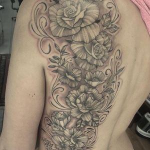 Custom Back Piece By Skullavera- Paul #tattoo #Sydney # sydneytattooartist #bestsydneytattooartist #besttattooartistsydney #sydneytattoostudio #sydneytattoostudios #sydneytattooshop #sydneytattooshops #colourtattoo #floraltattoo #floralart #ink #inkmaster #inkedmag #tattooideasforwomen #tattooinspiration #bodyart #fashion #inkspiration #tattoooftheday #tattooflower #flowertattoodesign #flowertattoodesignforgirls