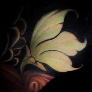 Healed filler. #neonouveau #artnouveau #artnouveautattoo #neotradi #neotraditionalworldwide #neotraditionaltattoo #neotradstyle #neotraditional #neotrad #tattooart