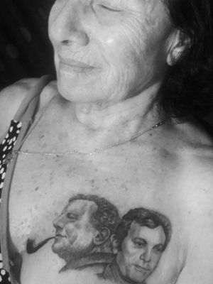 Last night i had the great honor to tattoo Susan, my parents 86 years old neighbor. She lost both her husband and son during 2 years, and said she has a belief that if she'll have their faces on her heart they will always be with her. She sat like a real champ although the chest area is consider to be one of the most painful spots on the body to get tattooed on. Tank you Susan, I'm so sorry for your lost💔 👼 #ink #tattoo #portrait #portraittattoo #skin #bodyart #heart #love #memorialtattoo #memory #tlv #nyc #art #artist #tattooer #blackwork #blackworksubmission #3rl #pipe #smokingkills #lost #greif #portraittattoo #art #bodyart #fun #
