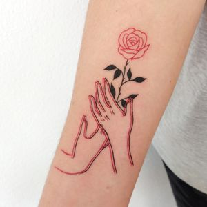 Fine Line rose with double line hands.
