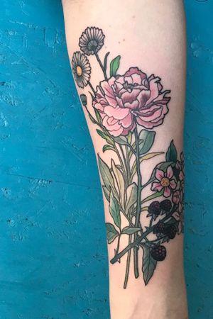 #flowertattoo #bouquet #blumenstrauss #wildblumen #wildflowers #berlinink #berlintattoo #jurena