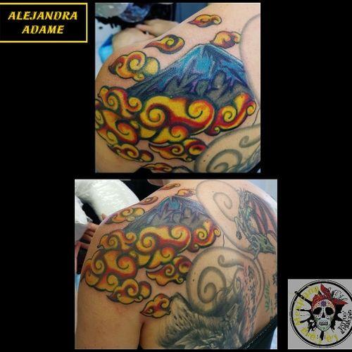We keep going to complete this back... #tattoo #tatuaje #tatouage #japanesetattoo #tatuajejaponés #tatouagejaponais #japanstyletattoo #tatuajeestilojapones #tatouagestylejaponais #japanstyle #fujitattoo #tatuajefuji #tatouagemontfuji #asiatictattoo #tatuajeasiatico #tatouageasiatique #fuji #tattoodo #tattoolover #tattoolovers #ferneyvoltaire #tattooferneyvoltaire