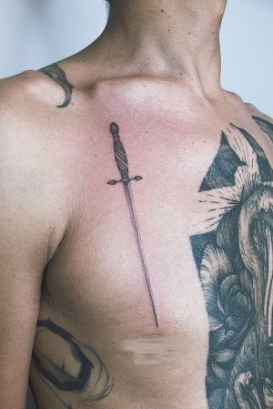#microrealism #realistic #sword @tomagematoma #fineline