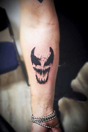 Venom!!!🖤 #marvel #venom #stanlee #venomsface #comicbooktattoo #venomtattoo #marveltattoo