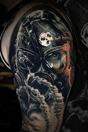 #gasmask #realistic #realism #marcopikass #pikass #tattoo #german #germany #gas #mask #endtime #war #endzeit #worldwar #krieger #warrior #surrender #ketsch #hockenheim #schwetzingen #mannheim #heidelberg