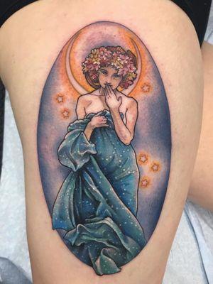Art Nouveau tattoo by Marie Scherping Martin #MarieScherpingMartin #artnouveau #ArtNouveautattoo #artnouveuatattoos #fineart #nature #portrait #lady #art #leg #mucha #color #moon #stars