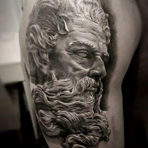 Poseidon/ neptune statue #statue #portraiture #portraittattoo #statuetattoo #classical #blackandgrey #blackandgreytattoo #london #londontattooist #londontattoo