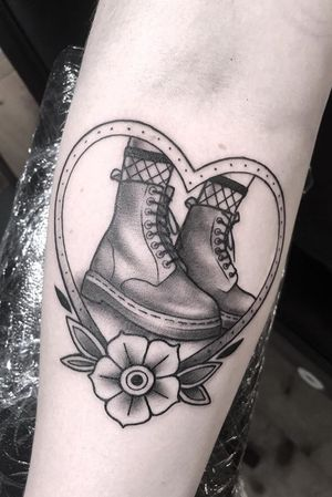 Janis @janismtattoo #subculture #subculturetattoo #subculturetattoos #janis #janismtattoo #berlin #tattoo #ink #inknation #inkaholiks #inkstagram #inkjunkie #inklovers #inkedlife #inkjunkeyz #inktattoo #inkfreakz #rocknroll #blackwork #blackandgreytattoo #kwadronneedles #cheyenne_tattooequipment #eternalink #berlintattoo #berlinink #berlintattooers #berlintattooartist #electumstencilstuff