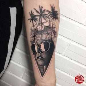 #palmtree #realism #face #bezowskiart