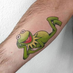 Kermit the frog in full color, done with eternal ink.