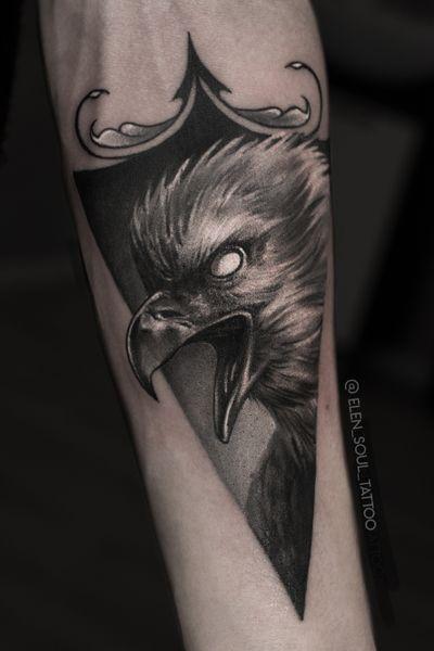 #eagle #triangle #blackandgray #dark #individual #realism #realistic #elensoul