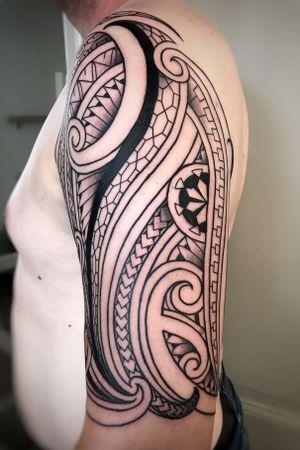 Customizin Polynesian Tattoo desing