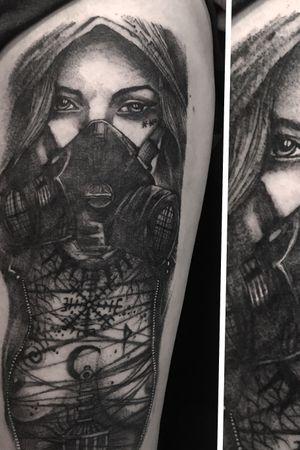 Gas mask apocalyptic #tattooartist #blackwork #blackworktattoo #blackandgrey #blackandgreytattoo #blacktattoo #DarkArt #darkartists #linework #lineworktattoo