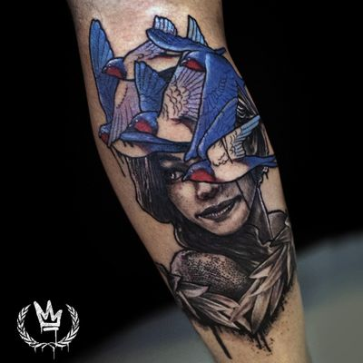 Cabeza de pájaros! 🤦🐣 Bird's head ! . . . #digitalink #digitaldraw #digital #photoshop #wacom #tatuaje #tattoolife #tattoolifestyle #tattoo #tattooed #girltattoo #girltattooed #girl #women #mujer #chica #pajaros #neotraditional #realistic #mixtattoo #golondrina #sparrow #feathers