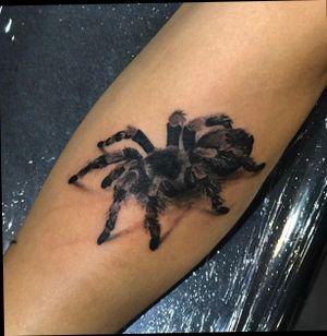 Realistic spider i got down on💉💉💉