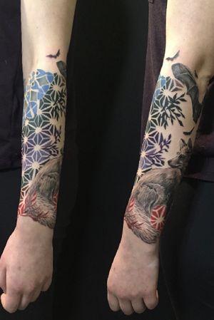 Sacred geometry animal sleeve collaboration with Leigh Harris #sleeve #geometry #geometric #sacredgeometry #pattern #dotwork #dotworktattoo #maryjane #maryjanetattoo #collaboration #leighharris420 #vancouver #canada