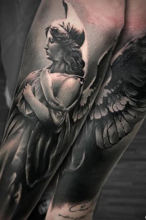 #marco #pik #ass #marcopikass #tattoo #pikass #ink #realistic #realism #engel #angel #german #germany #heidelberg #mannheim #fallen #fallenangel #statue #art #arm #coverup #inked #ink