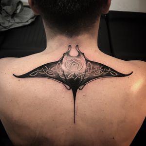 Small #coverup! Had a great cession #tattooing this stingray in the great tattooshop @yosoparis ! Thank you Fred for trusting me! #stingraytattoo #stingray #neotrad #mantaray #pelagicmantaray #tattoos #berlinartists #berlintattooartists #carpe #tattoo #tatts #guiartwork #art #blackandgrey #digital #procreate #digitalart #tattoosofinstagram #artofInstagram #instagood #instatattoo #paristattoo #inkjectanano #inkedmag #inkfreakz #ink #tatuagem