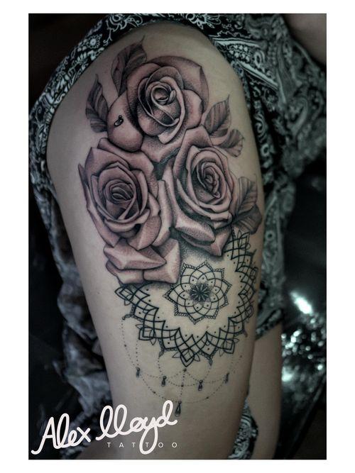 Roses and mandala for Courtney. Linework healed, rest fresh. 🌹