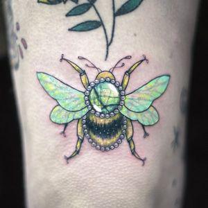 Labradorite bumble bee for rachel! #bee #bumblebeetattoo #bumblebees #gembug #jewelbug #beetle #bumblebee #labradorite #gem #gems #jewel #jewels #crystal #crystals #labradoritetattoo #gemstattoo #jeweltattoo #jewelstattoo #crystaltattoo #crystalstattoo