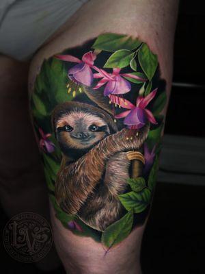A cute #sloth tattoo i did at my shop #bombshelltattoo in Edmonton, Canada. #tattoo #tattoos #ink #inked #tattooidea #tattooideas #amazingtattoos #realismtattoo#femininetattoos #tattoodesign #besttattoos #amazingtattoo #superbtattoos #fusionink #tattoodo #tattoodooapp #lizvenom #floraltattoo #rosetattoo #tattoorose #edmontontattoo #edmontonink #skinartmag #sloth #fuscia #floral #sloths #costarica #tropical #rainforest #forest