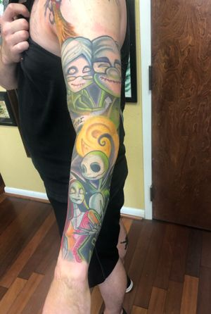 Color animated sleeve