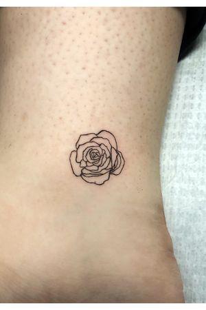 #finelinetattoo #minimalism #outline #rose