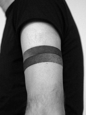 #band #bandtattoo #geometric #geometrytattoo #blackwork #geometictattoo #minimal