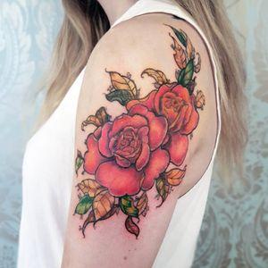 🌹Autumn Roses from my flash book🌹 . . . . . . . . #redrosetattoo #neotraditionalartwork #neotraditionalrose  #newschoolrose #shouldertattoo #fillertattoo #torontotattoo #roseflash #tattooflash #flashtattoo #floral #floralsleeve  #pastelgoth #altart #autumnleaves  #vintage #flower #redrose #pastel #neotraditional  #autumn #rose #rosetattoo #torontotattooartist #autumnflowerstattoo #traditionalartist