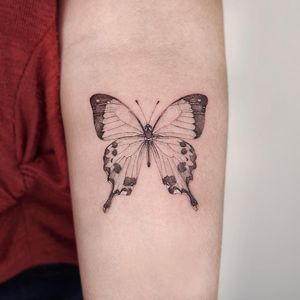 Butterfly tattoo by A.re-tattoo #A.re-tattoo #tattoodo #tattoodoapp #tattoodoappartists #besttattoos #awesometattoos #tattoosforwomen #tattoosformen #cooltattoos #tattooideas #butterfly #arm