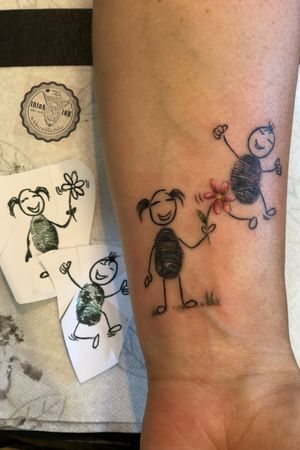 **love to do cute, little things too, as long as they are no copycats🤘🏼 #tattoonies #little #tattoos #cute #fingerprinttattoo #theinklabbinks #bbscollective #fun