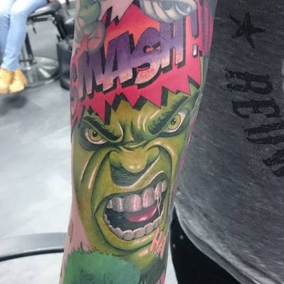 #marvel #dc #marvelcomicstattoo #DCtattoo #comictattoo #colour #colourtattoo #hulk #hulktattoo #sleeve #point2point #tattoostudio #erith #kent #southlondon