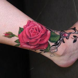 #rose #foot #rosary #tattoo