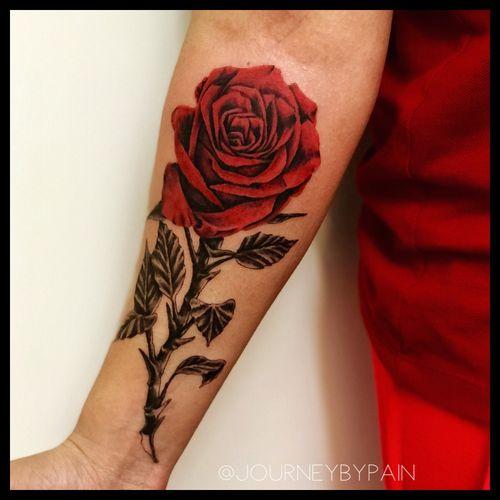 A nice color rose piece i got to do recently :) #rose #rosetattoo #miami #miamitattoo #miamitattooartist