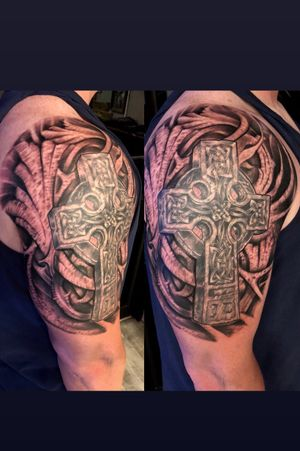 Celtic cross with a freehand background.